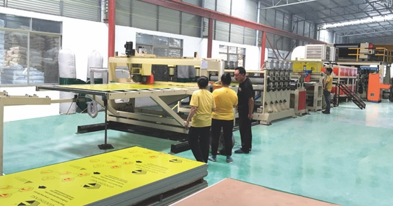Hollow Core Metal Composite Panel Production Line(JET-STD-1300/1600)